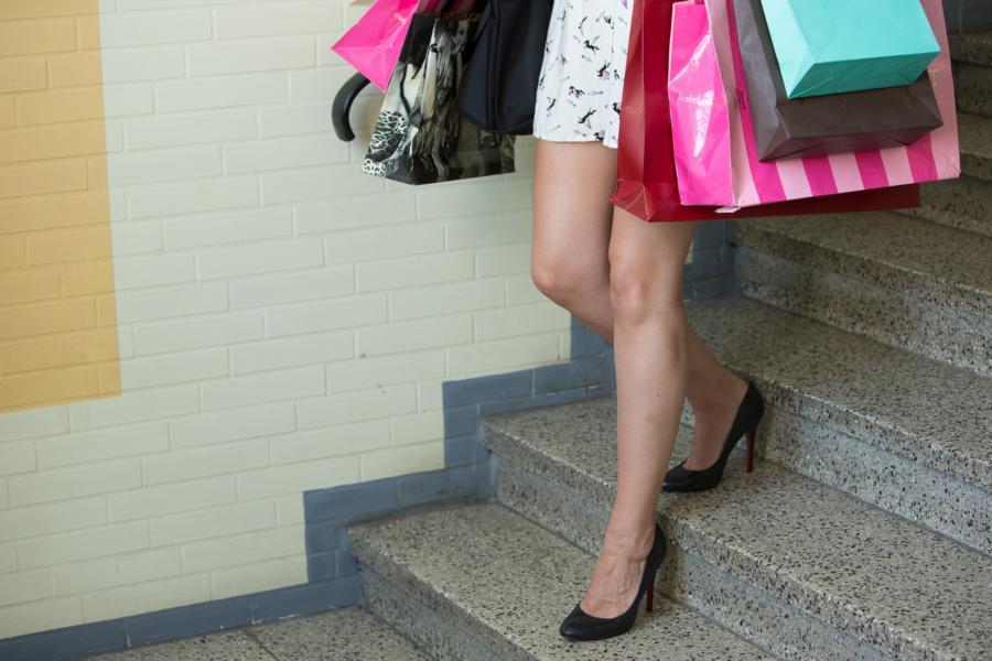 High on Heel_Gahmann_Dortmund_Foto Leifhelm Einkaufen und Laufen in High Heels in Dortmund lernen