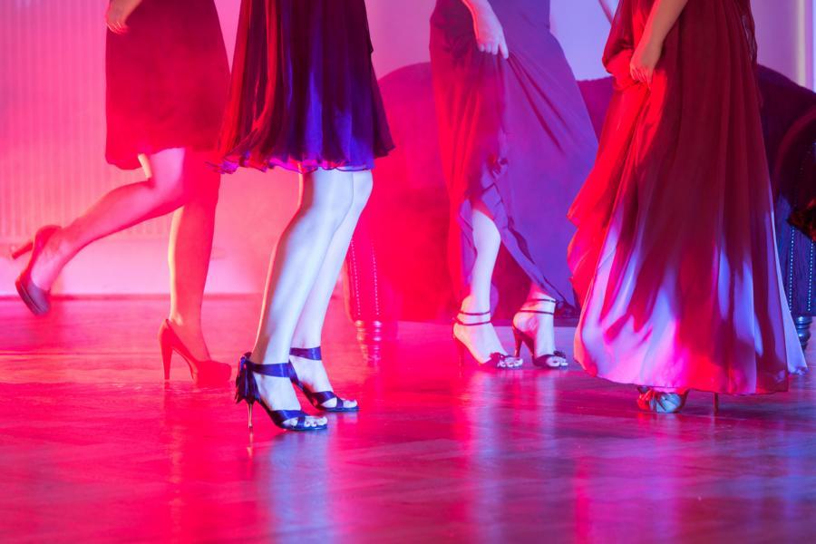 High on Heel_Gahmann_Dortmund_Foto Leifhelm gute Figur in hohen Schuhen machen lernen bei Tanzschule Gahmann